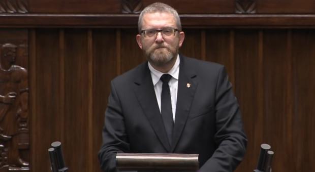 Grzegorz Braun nie wpisuje wypłat w oświadczenia majątkowe