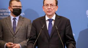 Minister: tym porozumieniem polepszymy sytuację materialną funkcjonariuszy