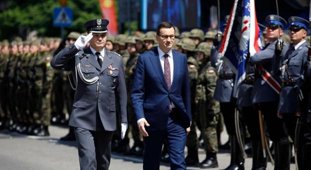 Premier skomentował porozumienie pomiędzy MSWiA i związkami zawodowymi służb mundurowych