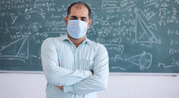 Nauczycielom bez certyfikatu covidowego nie będzie wolno pracować