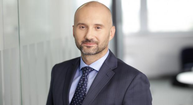 Dawid Osiecki awansuje w Accenture w Polsce