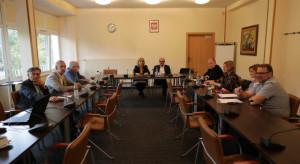 Związkowcy jednomyślni: nie dla propozycji zmian w pragmatyce nauczycielskiej
