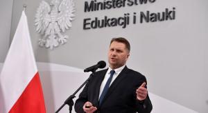 Szczepmy się, uniknijmy nauki zdalnej - apeluje minister edukacji